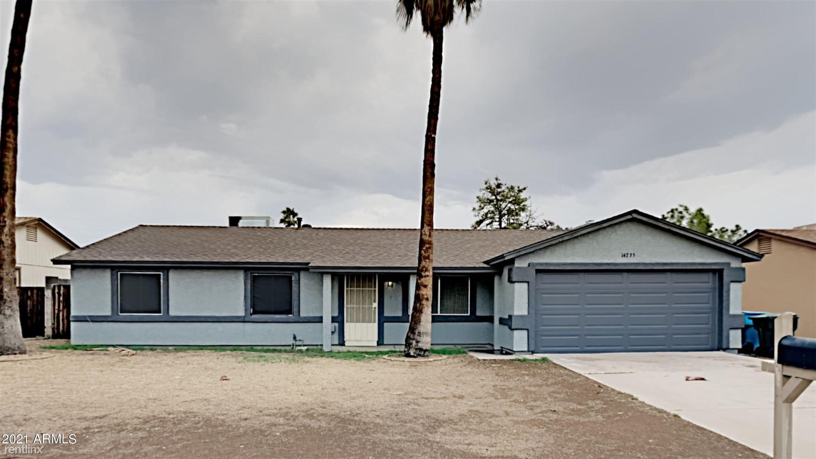 14235 N 39TH Way, Phoenix, AZ - 2,805 USD/ month