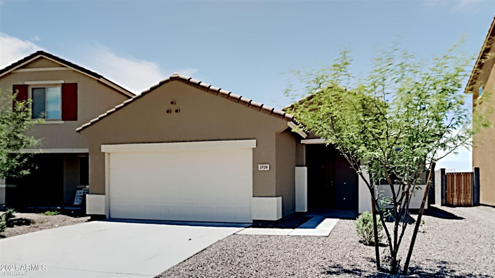 2528 S 73RD Drive, Phoenix, AZ - 2,530 USD/ month
