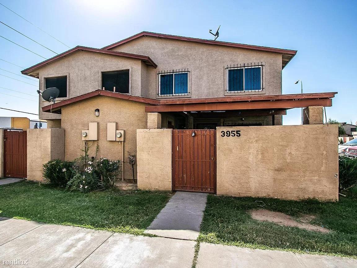 1916 N 32nd St, Phoenix, AZ - 1,375 USD/ month