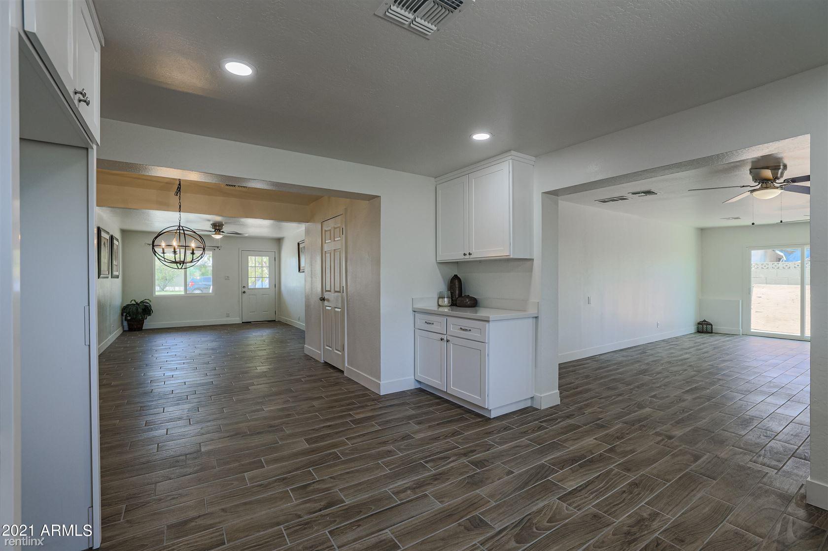 837 El Caminito Drive, Phoenix, AZ - 2,580 USD/ month