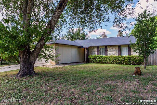 5615 Wood Climb St, San Antonio, TX - 1,800 USD/ month