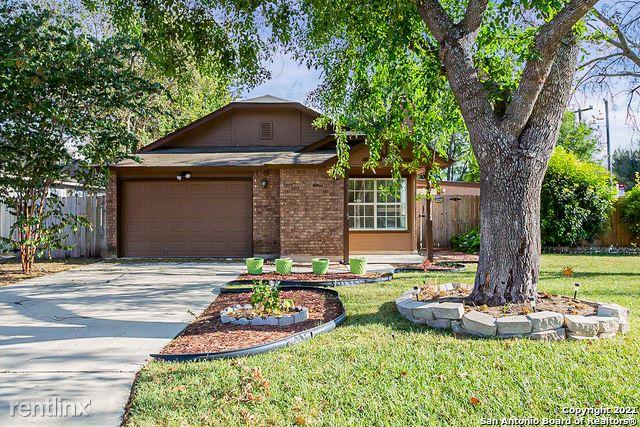 10092 Woodtrail, San Antonio, TX - 1,790 USD/ month