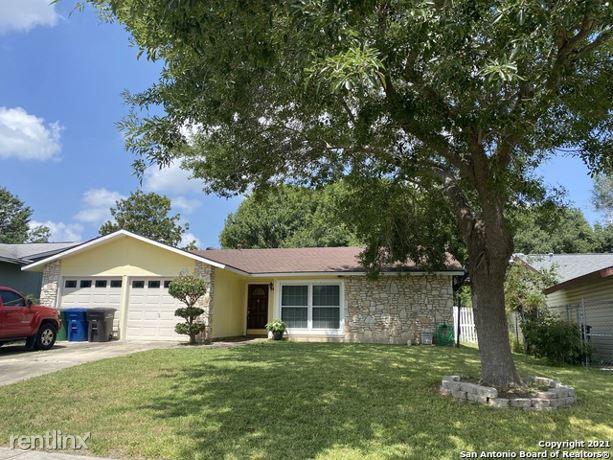3867 Briarhaven St, San Antonio, TX - 1,810 USD/ month