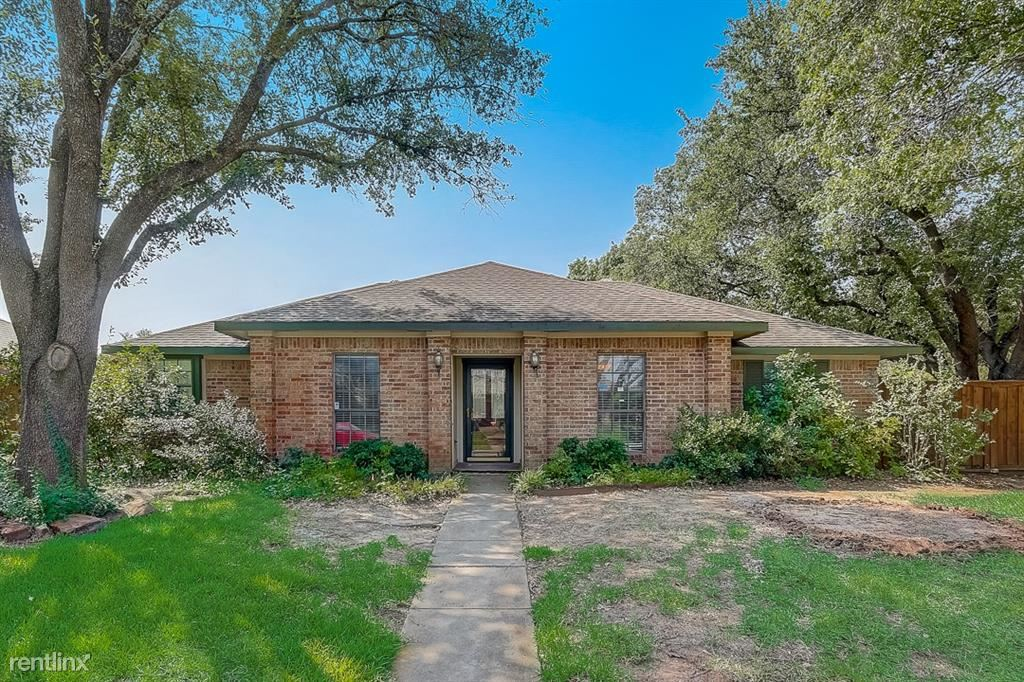 4548 Cleveland Drive, Plano, TX - 2,790 USD/ month