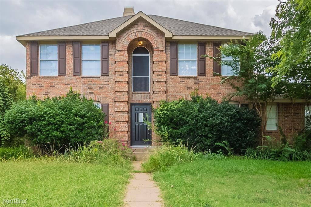 6808 Wesson Drive, Plano, TX - 3,140 USD/ month