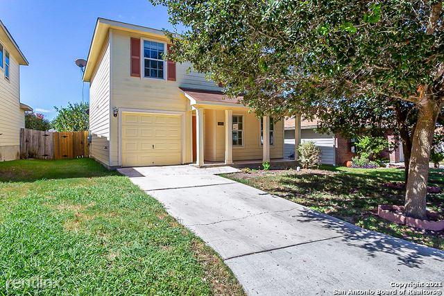 5615 Red Cyn, San Antonio, TX - 1,840 USD/ month