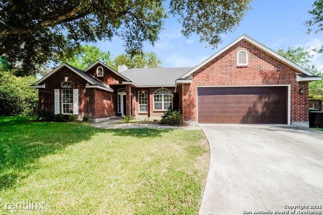 12338 Almendra Dr, San Antonio, TX - 2,560 USD/ month