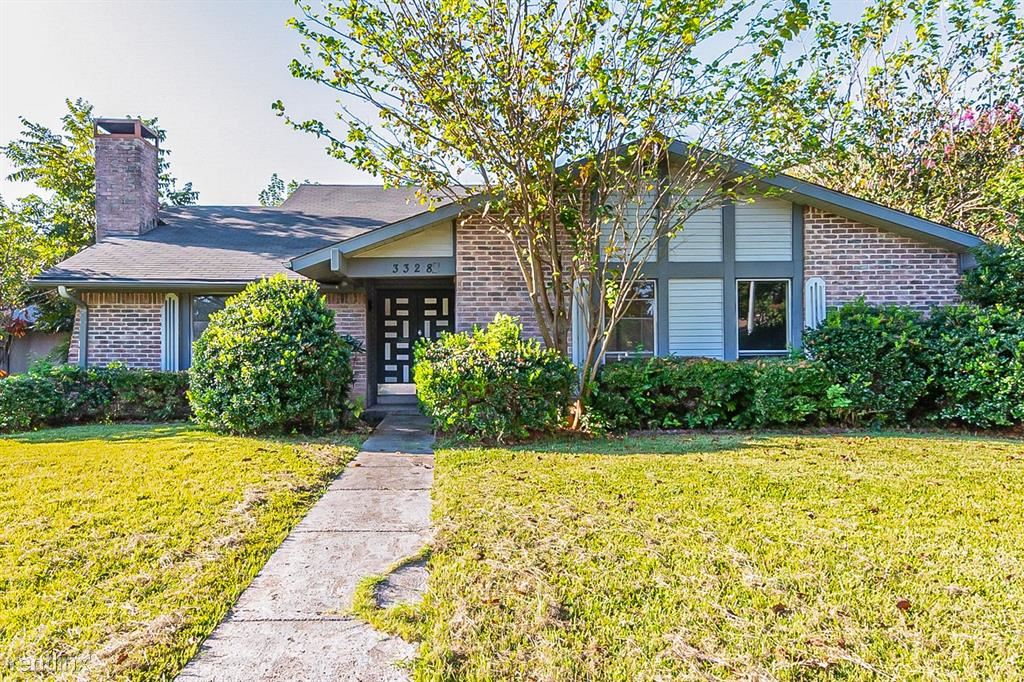 3328 Fontaine Street, Plano, TX - 2,710 USD/ month