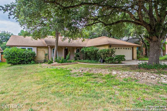 15315 Eaglebrook St, San Antonio, TX - 2,480 USD/ month