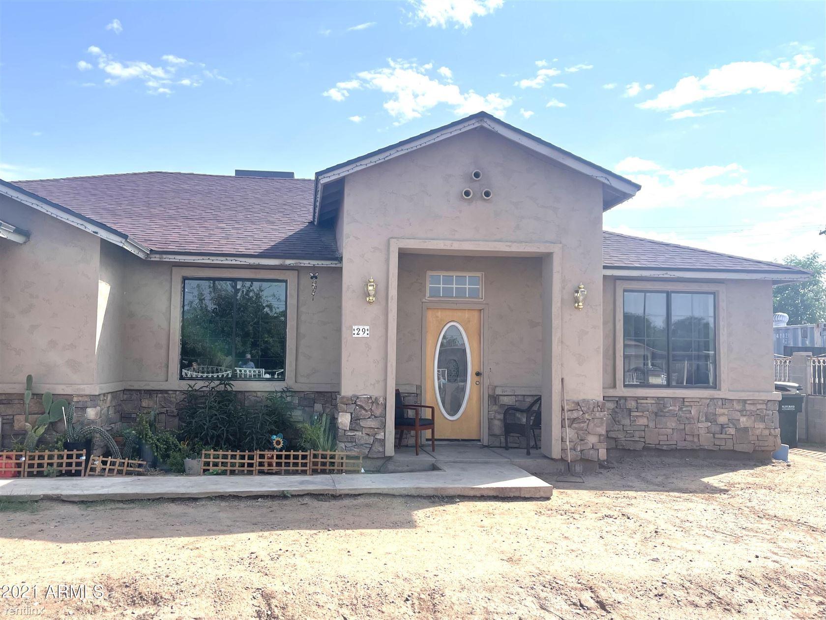 29 W SOUTHGATE Avenue, Phoenix, AZ - 3,315 USD/ month