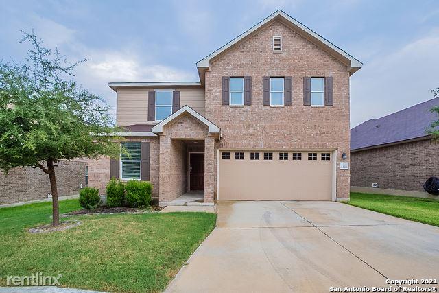 1326 Hummingbird, San Antonio, TX - 2,280 USD/ month