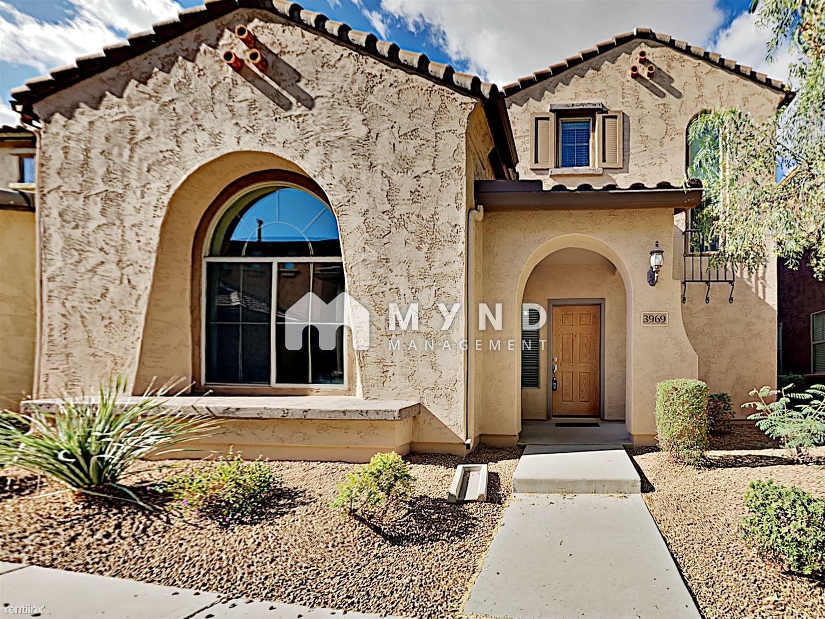 3969 E Cat Balue Dr, Phoenix, AZ - 2,395 USD/ month