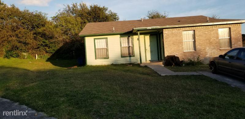 Woodmanor dr, San Antonio, TX - 960 USD/ month