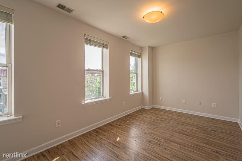 611 Otis Place 2, Washington, DC - 1,100 USD/ month