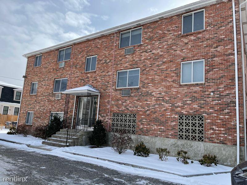 6 McLean Place, Cambridge, MA - 2,400 USD/ month