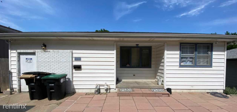 2304 N 70th St - 1550USD / month