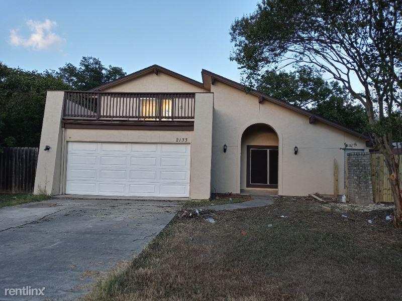 2133 Lotus St, San Antonio, TX - 1,800 USD/ month