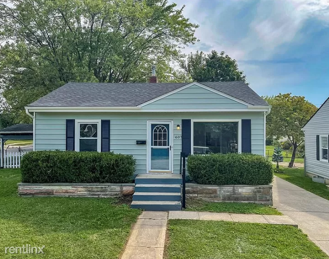 607 Byland Dr, Beech Grove, IN - 950 USD/ month
