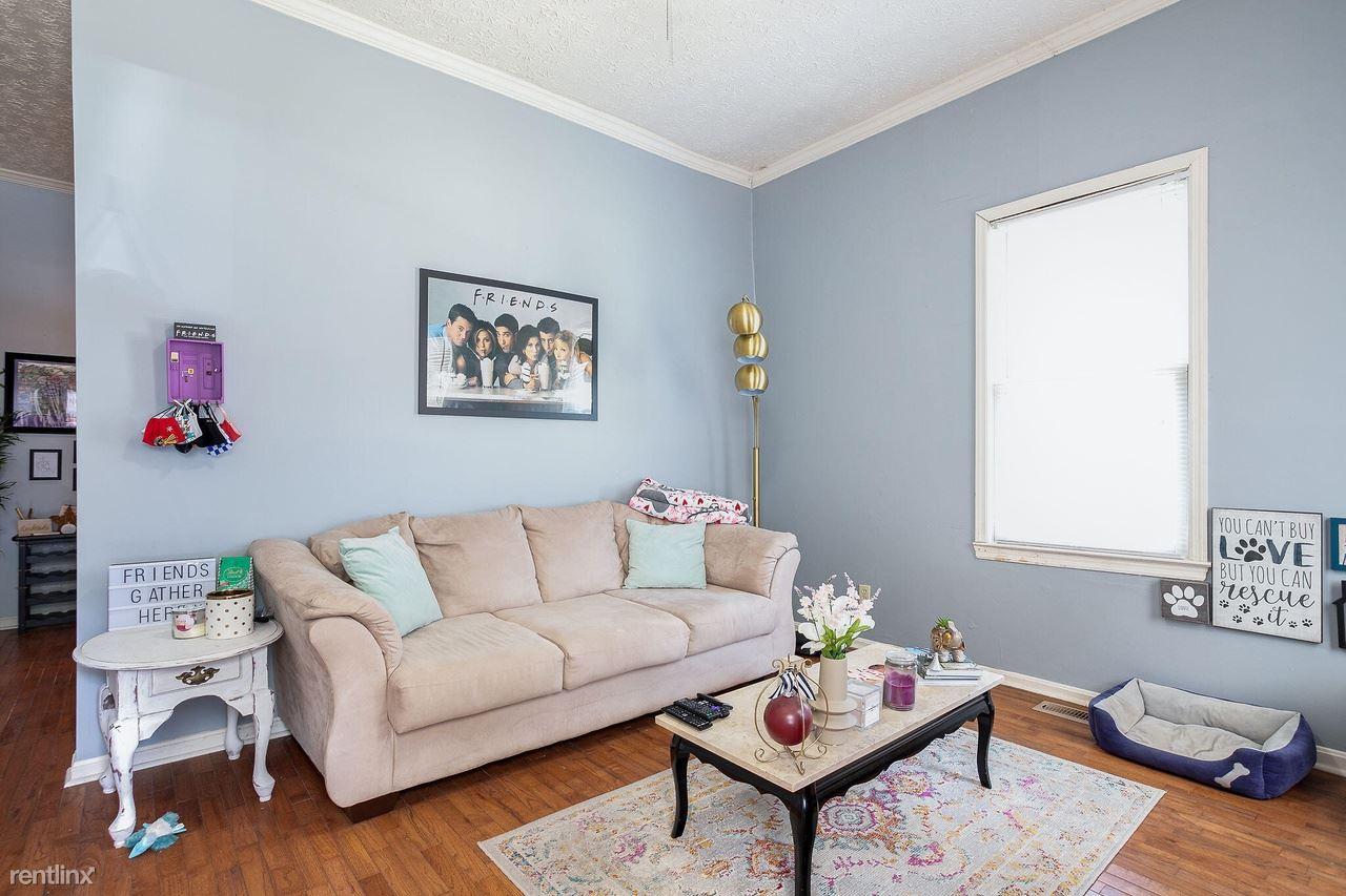 261 Kentucky Ave, Lexington, KY - 935 USD/ month