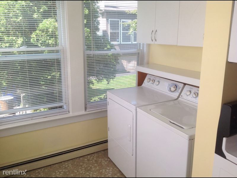 Kelley St, Manchester, NH - 1,600 USD/ month