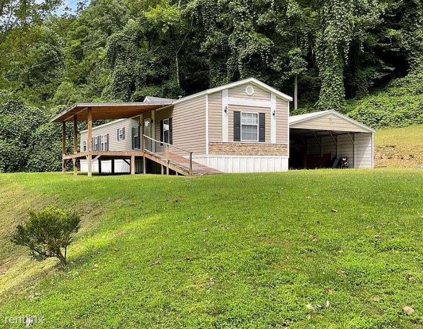 387 Leatherwood Rd, Lost Creek, KY - 1,100 USD/ month