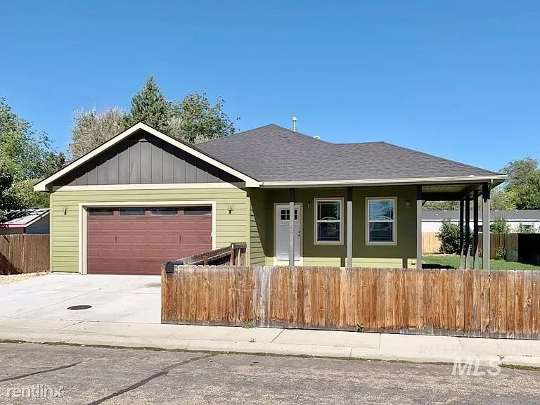 2378 S Skillern Dr, Boise, ID - 1,600 USD/ month