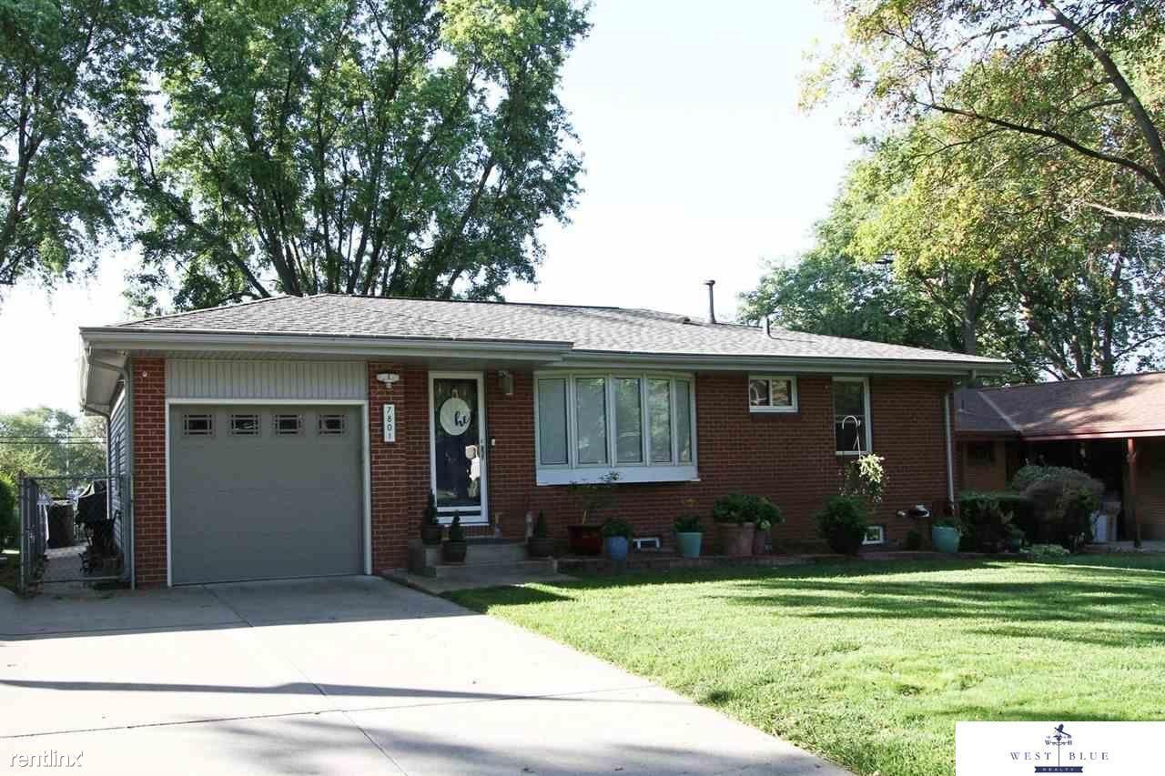 7801 Steinway Rd, Lincoln, NE - 850 USD/ month
