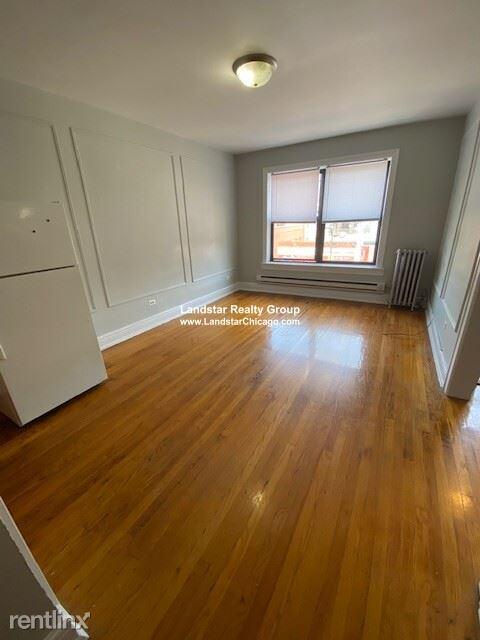 1023 W Argyle St, Chicago, IL - 825 USD/ month
