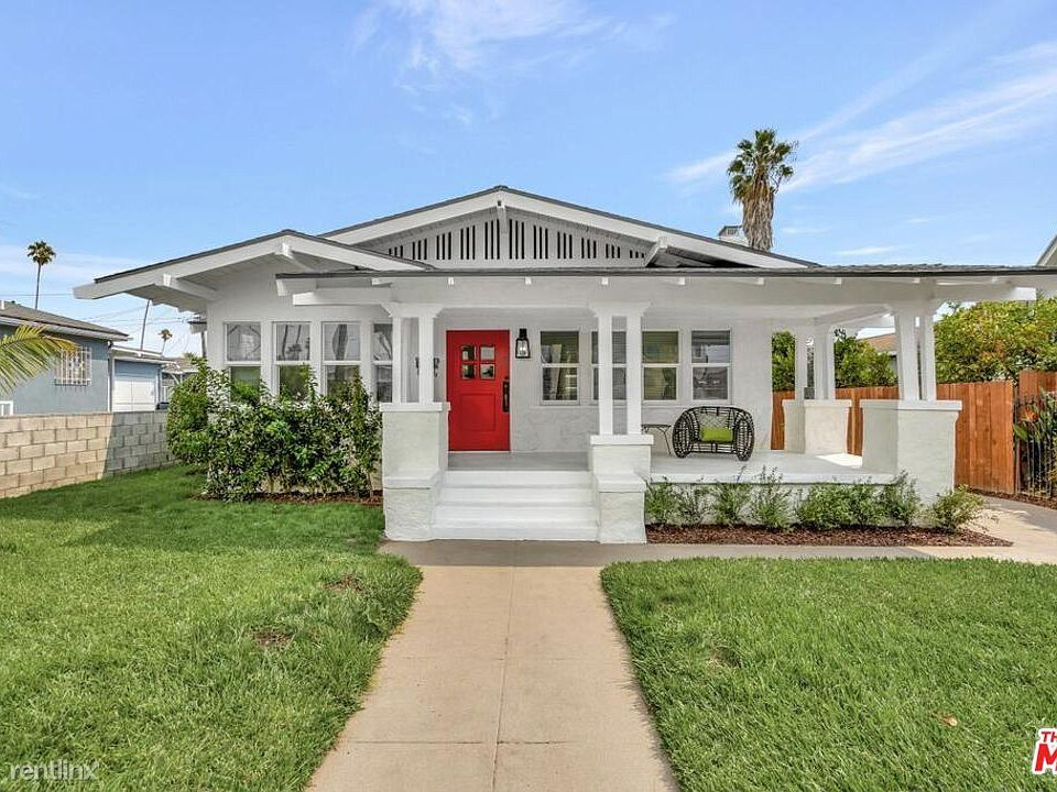 2320 Hillcrest Dr, Los Angeles, CA - 3,000 USD/ month