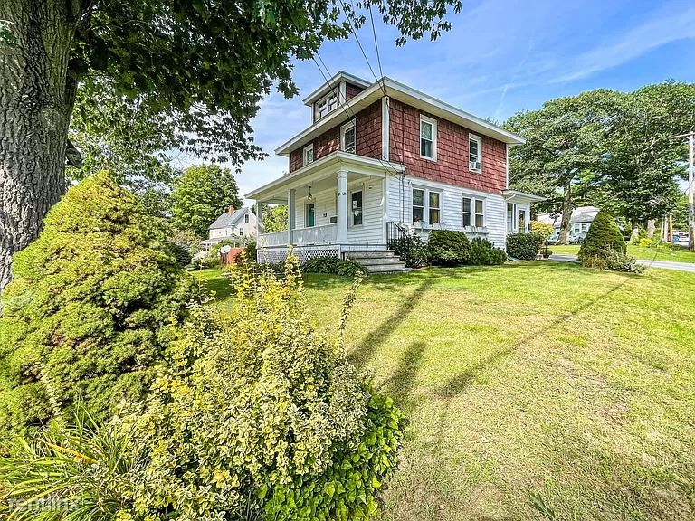 421 Auburn St, Portland, ME - 1,500 USD/ month