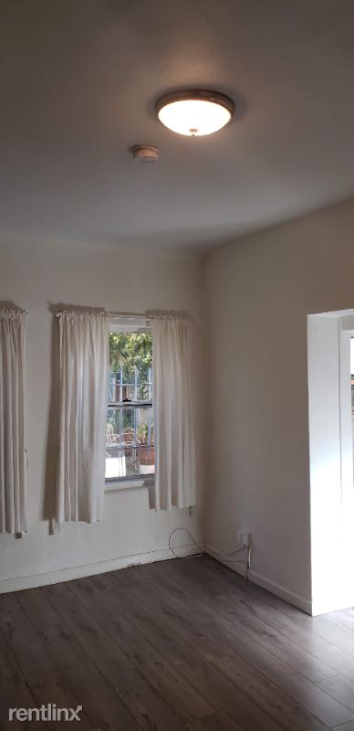 1010 N Madison Ave, Los Angeles, CA - 1,195 USD/ month