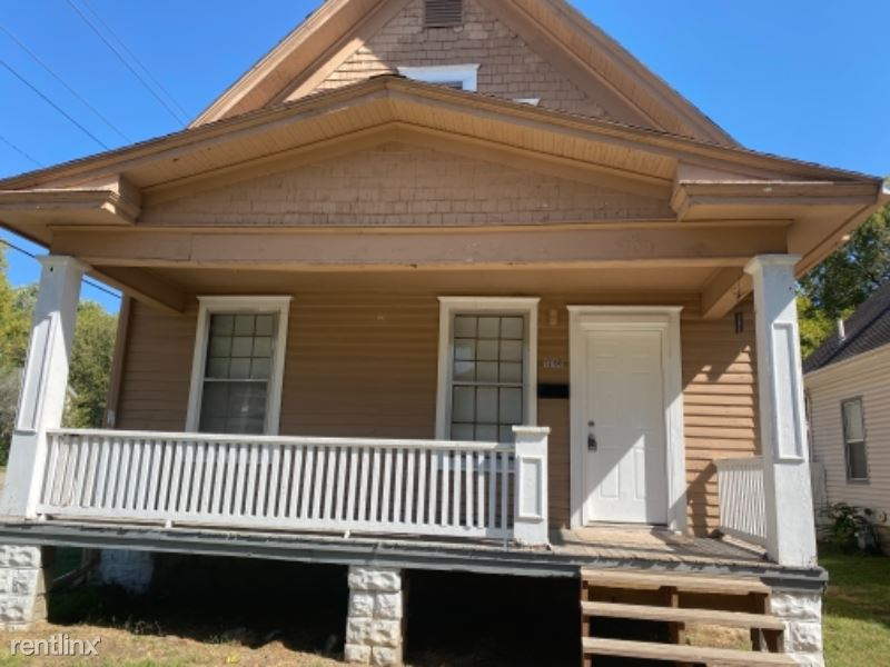 1700 SW Fillmore St, Topeka, KS - 750 USD/ month