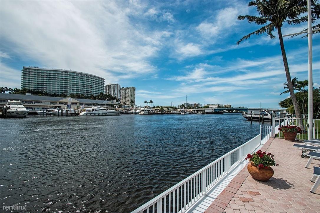 140 NE 28th Ave, Pompano Beach, FL - 2,500 USD/ month