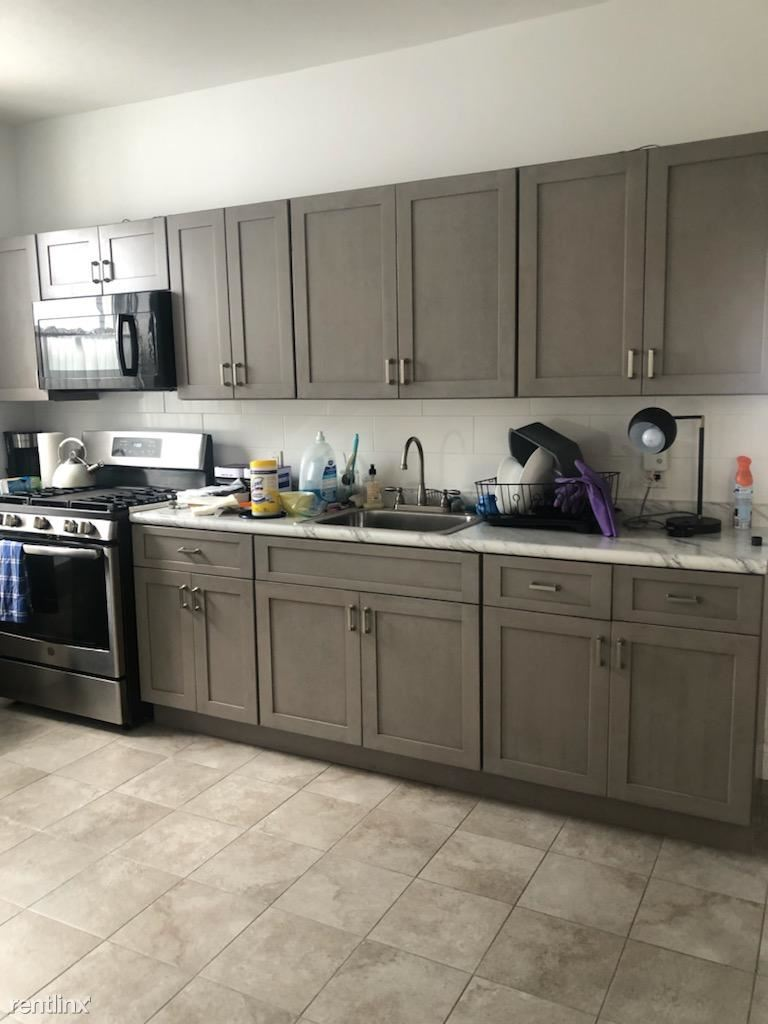 West 1 st and Ave W, Brooklyn, NY - 2,300 USD/ month