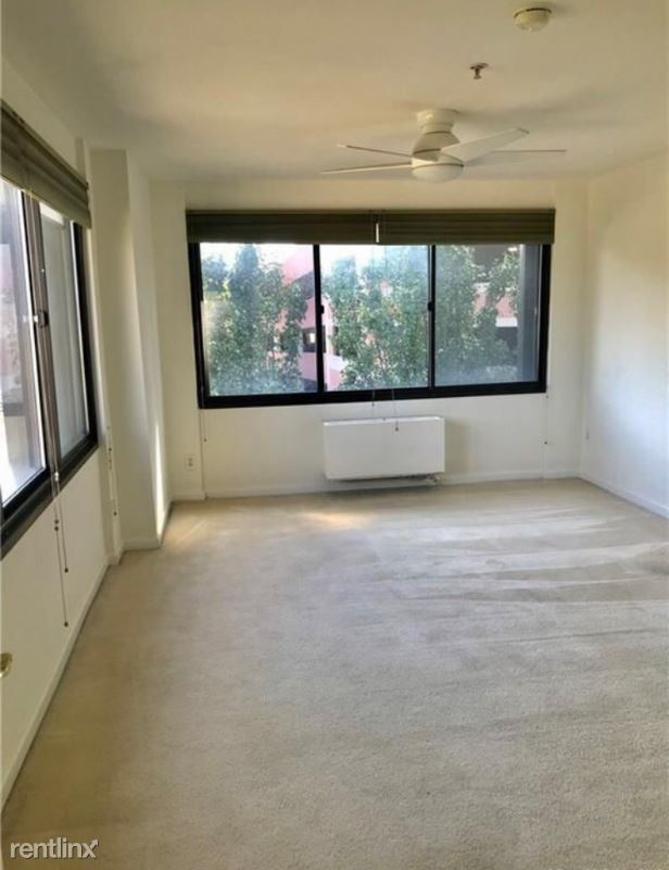 300 Broad St 406 - 2200USD / month