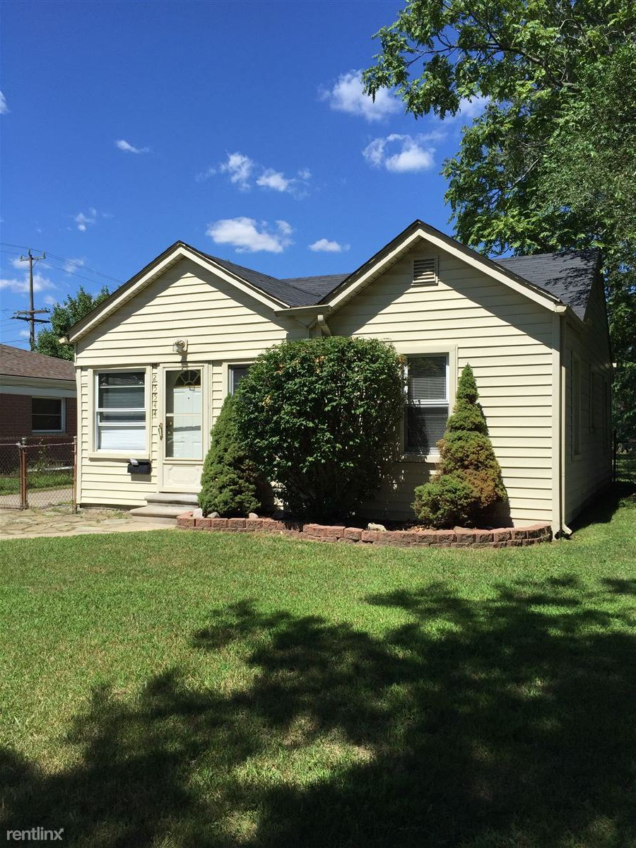 25544 McDonald St, Dearborn Heights, MI - $750