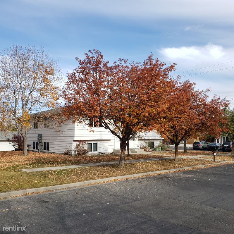 2124 Billings Ave - 1300USD / month