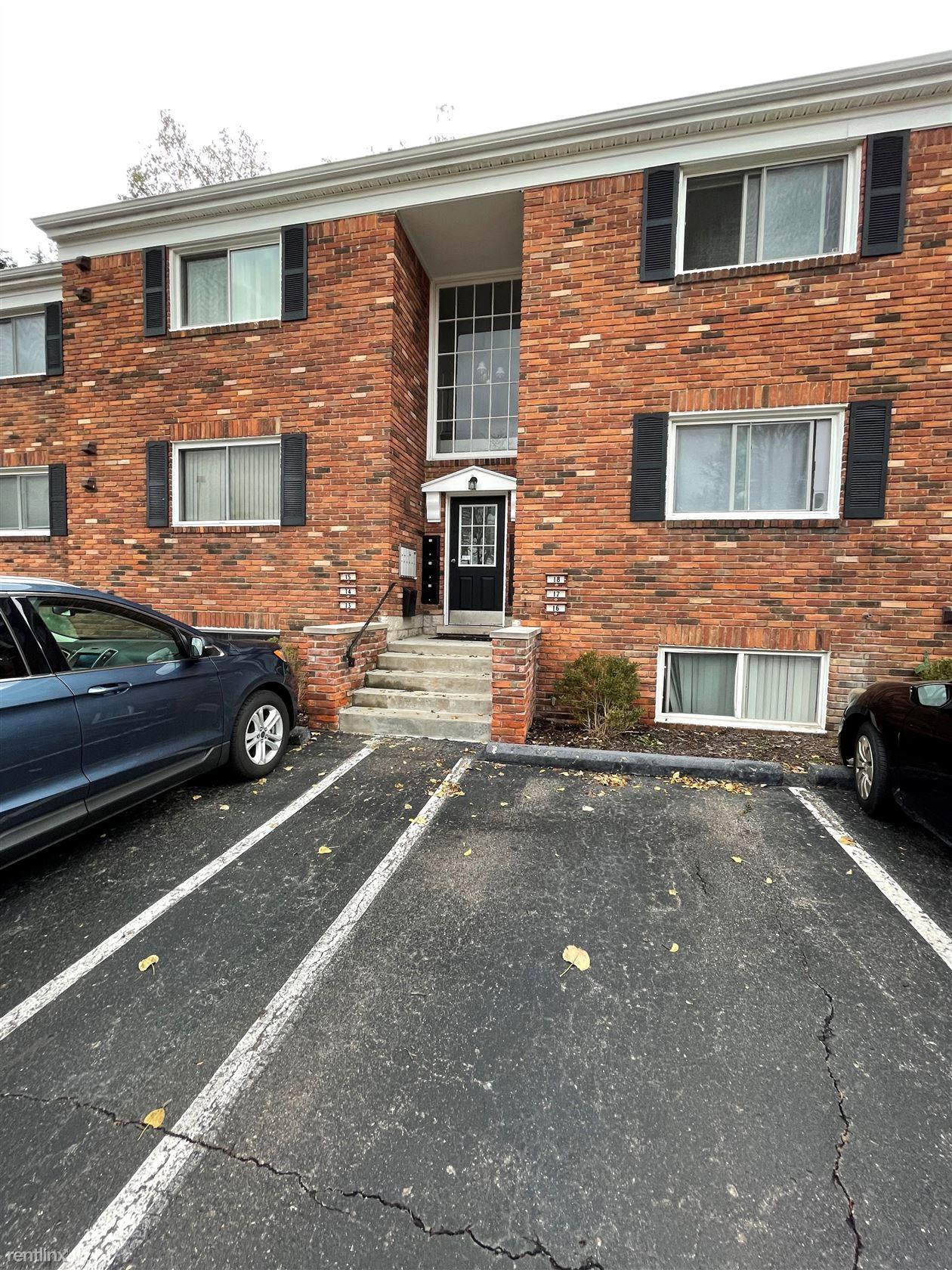 31831 Grand River Ave Unit 13