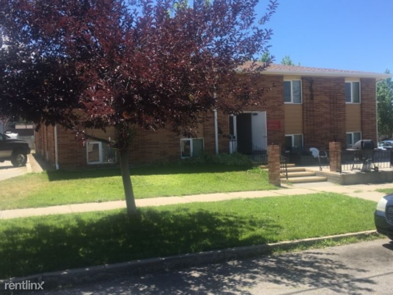 303 S Grant St - 650USD / month