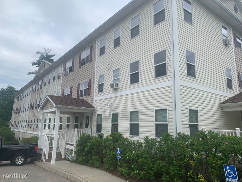 235 Pearl St - 1650USD / month