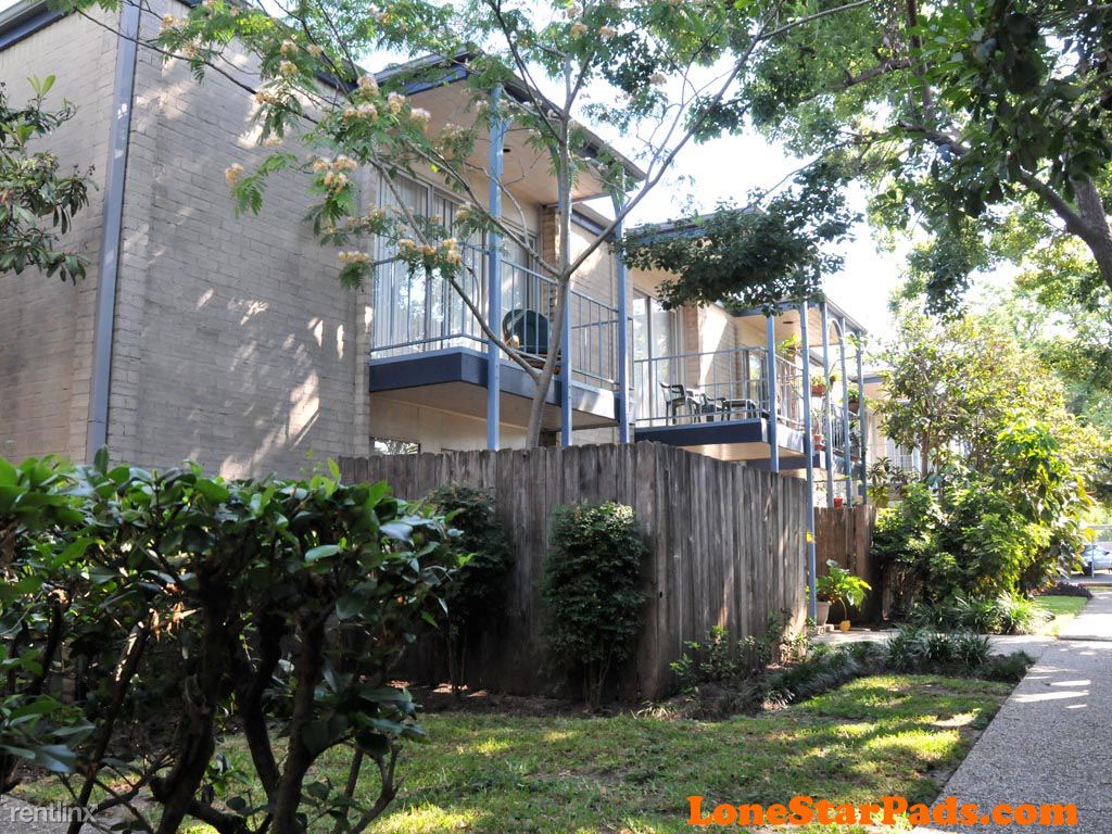 4301 Bissonnet St, Bellaire, TX - $1,230