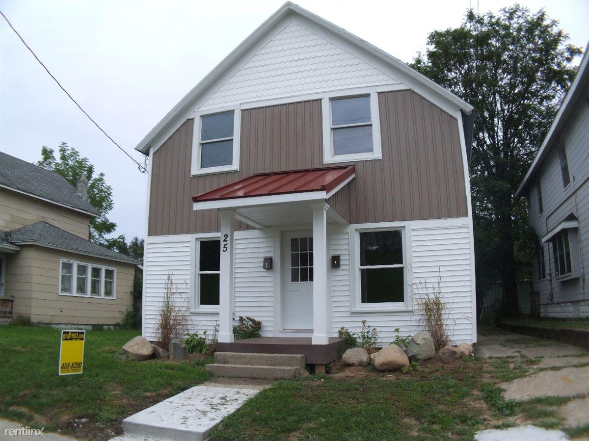 25 Coldbrook St NE # 2, Grand Rapids, MI - 895 USD/ month
