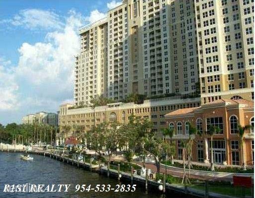SE 5th Ave, Ft Lauderdale, FL - $2,300 USD/ month