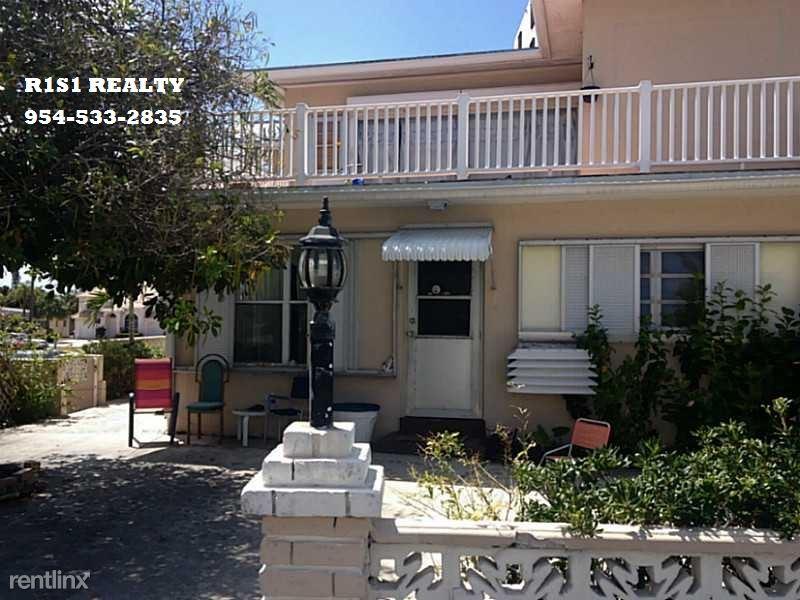 2700 N Ocean Blvd, Ft Lauderdale, FL - $2,200 USD/ month