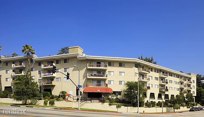 3901 Los Feliz Blvd, Los Angeles, CA - $1,895 USD/ month