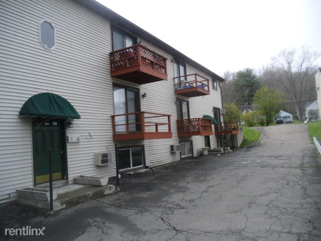 1228 Campville Rd, Endicott, NY - 650 USD/ month