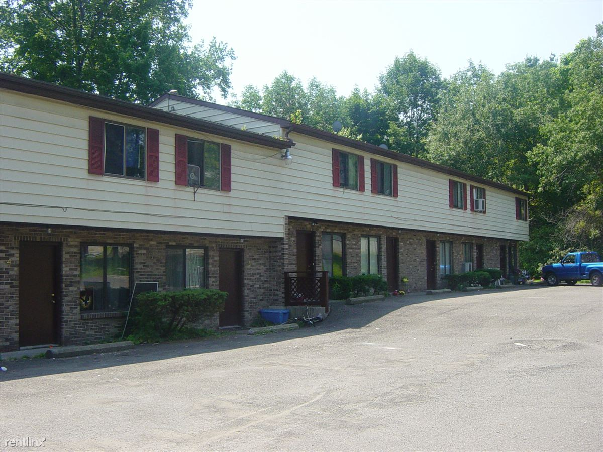 228 Airport Rd, Endicott, NY - $735 USD/ month