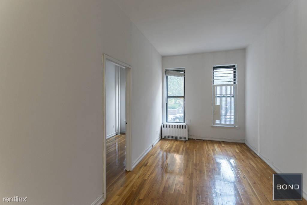 210 E 87th St, New York, NY - $2,450