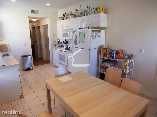 81 Gibbs St # 2AB, Brookline, MA - $7,000