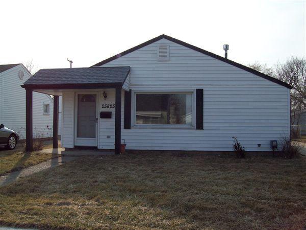 25825 Hayes Blvd, Warren, MI - $1,200 USD/ month